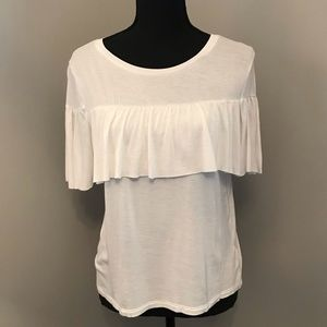 Tops - NWOT White Ruffle T-shirt MEDIUM